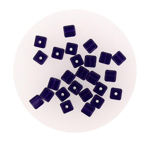 Swarovski Würfel, quer gestochen, 4mm,3 St., purple velvet
