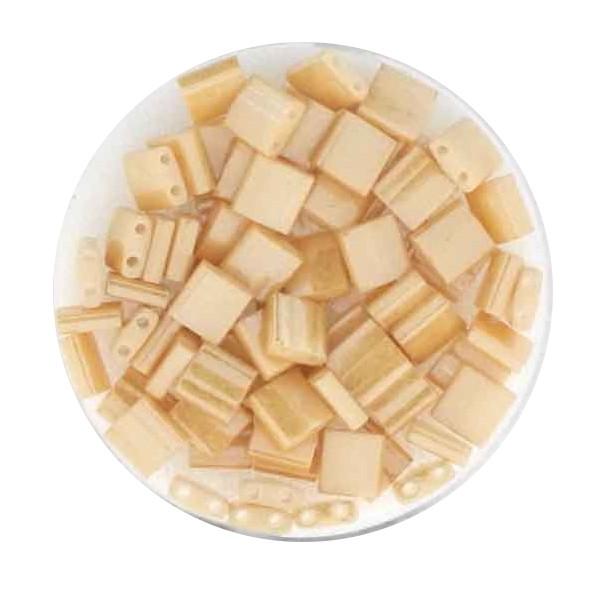 Tila-Beads, 2-loch Viereck, 6gr. Dose, cream glazed