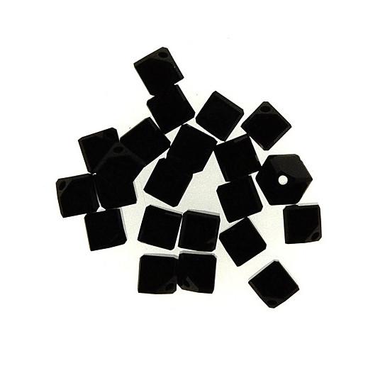 Swarovski Würfel, diagonal gestochen, 4mm, 3St.,schwarz