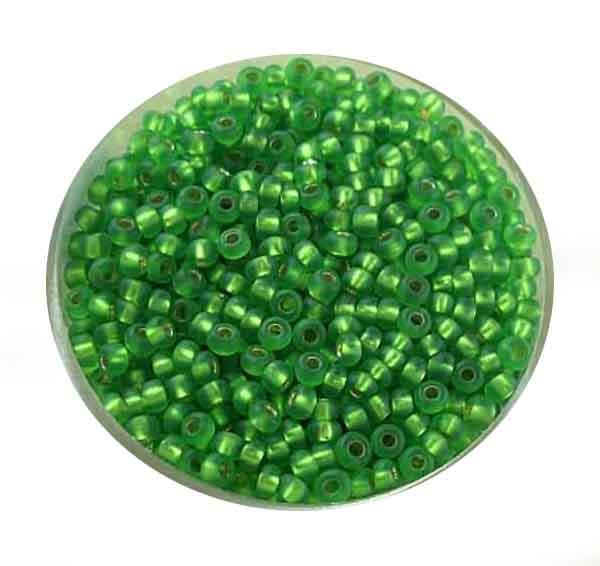 Rocailles, silbereinzug matt, 2,6mm, 17gr. Dose, h.grün