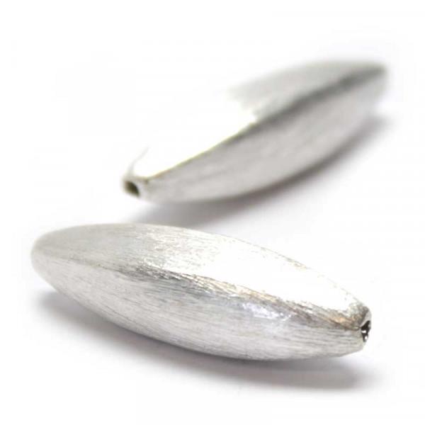 Wisilva Perlen, Facett-Oliven, versilbert, gebürstet, 32 mm, 2 S