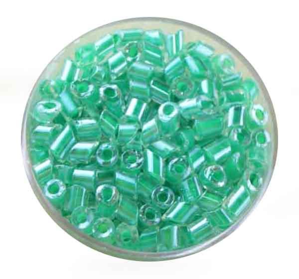 Glasperlen Cremette, glänzend, 4-6 mm, grün